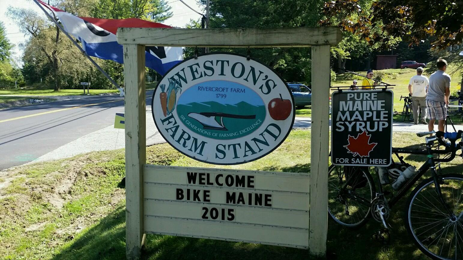 Weston's Farm Stand sign welcomes Bike Maine 2015